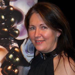 Veronique Poles Luxury Consultant