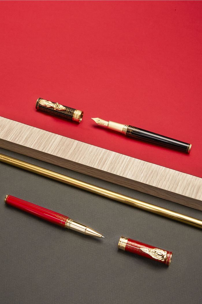 Game of Thrones House of Baratheon and Lannister Montegrappa pen