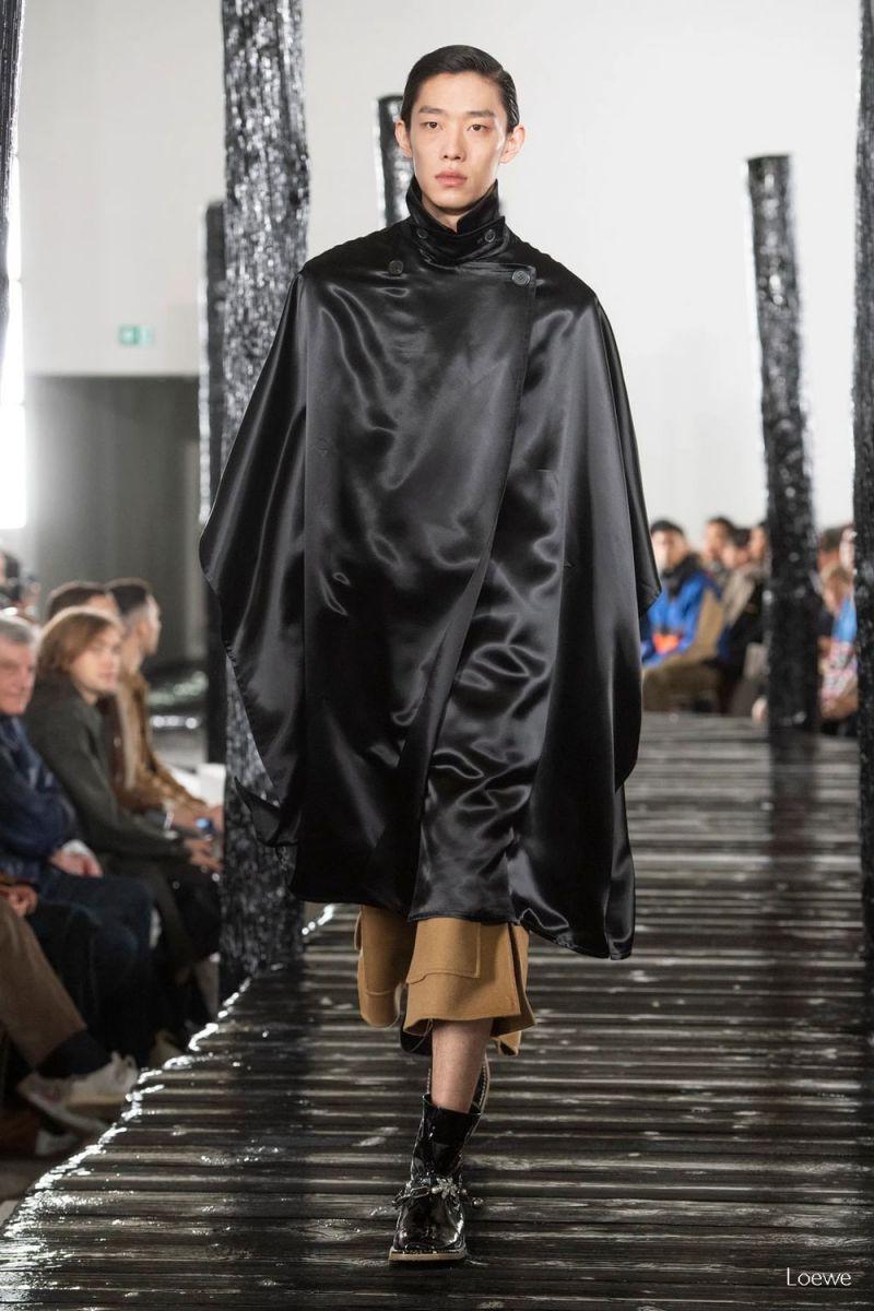 Silk Fall 2020 Menswear Loewe