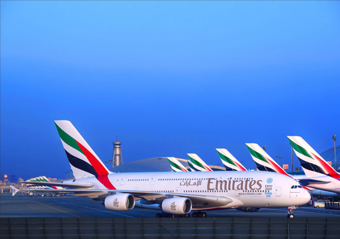 Emirates Flights to loan tablets to First and Business Class passengers