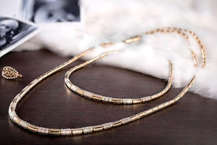 Zoya 6299 Hollywood Blvd Collection gold diamond necklace